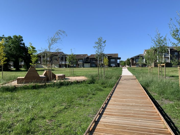 Parc Public Le Teich : Aménagements bois
